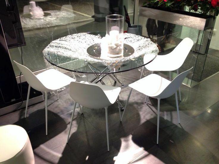 Pure #white for #mammamia #chairs #Iliving #Dolo #Venice #youropinionworld
