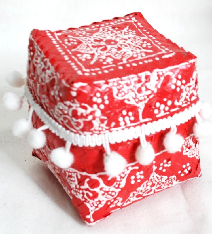 Painted bamboo gift box