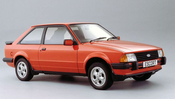 Ford Escort - OK following the Capri was the Escort, like this but not an XR3 - mine was boring champagne coloured 1.3L