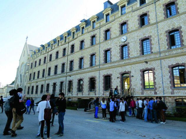 8 best cool schools images on pinterest colleges - Lycee sainte genevieve versailles portes ouvertes ...