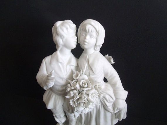 Capodimonte Figurine Young Lovers Marcolin by TheRoseGardenVintage