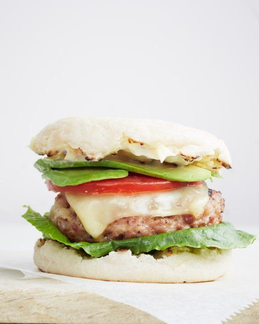 Turkey Club Burger recipe (love adding avocado to it): English Muffins, Burgers Recipe, Sandwiches, Summer Entertainment, Maine Dishes, Turkeyclub Burgers, Dinners Burgers, Turkey Bacon Burgers, Turkey Club Burgers