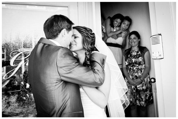 bruidsreportage, maastricht, bruidssluier, limburg, vrijthof, zwart witfotografie