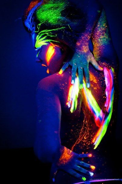 i want to throw a party with blacklights and paint and just go crazy!