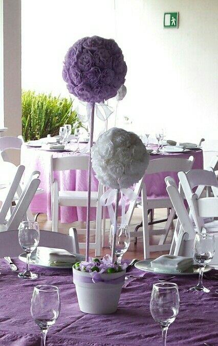 Topiario en blanco y lila para 1a comunión
