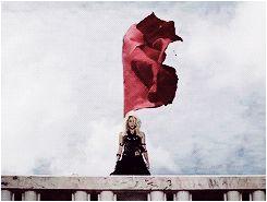 Shakira - Dare (La La La) #Shakira #gif #blonde 'Is it true that you love me?'