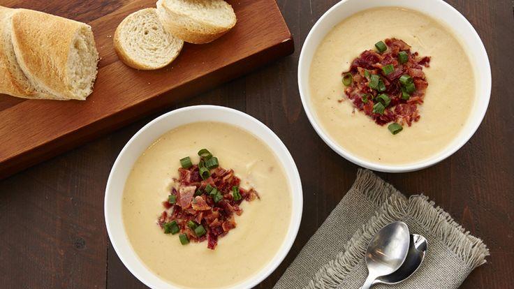 Recette de crème de chou-fleur à la mijoteuse et commentaires– Cette crème de chou-fleur au fromage à la mijoteuse est facile à préparer et délicieuse. Pour un repas complet, mangez-la avec du pain croûté et une salade verte.