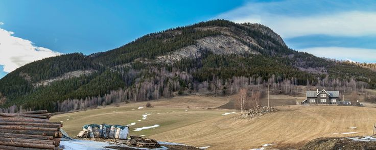 Skutelen Mountain Panorama by Sigurd Rage on 500px