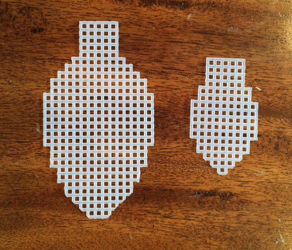 Christmas Light Plastic Canvas Cut Outs by CoffeeChickCrafts