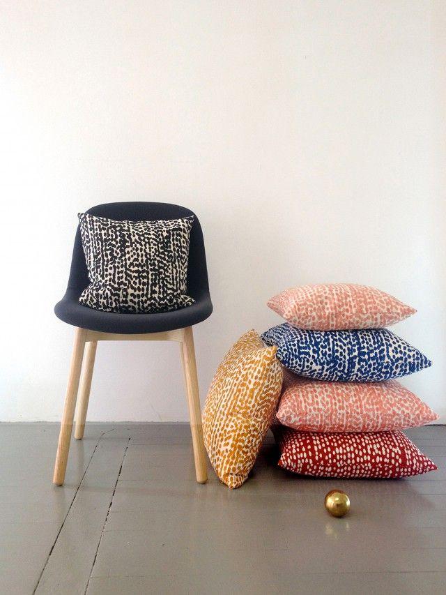 Mångfald Black cushion cover by Scandinavian textil designers Butler/Lindgård - Nordic Design Collective