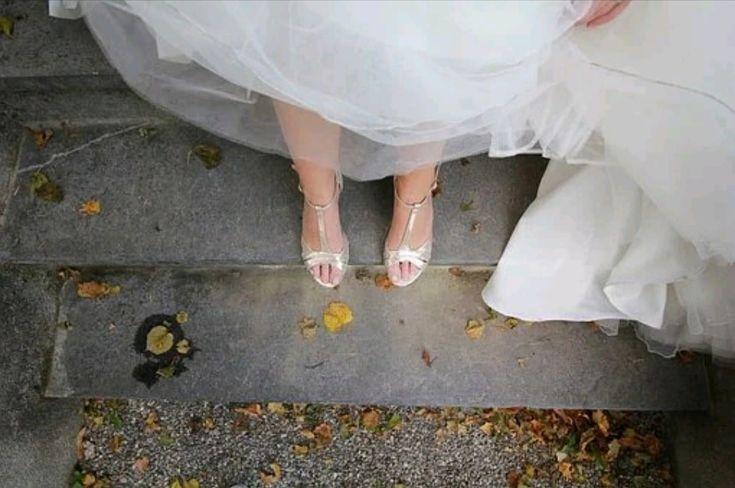 Te contamos los diferentes rituales y te damos los textos que puedes utilizar. ¡Seguro te enamorarán! #wedding #weddingplanner #bodacivil #ceremoniacivil #bodasexclusivas #lucuryweddings #love #weddingdecor #partydecoration #rituales #bodasimbolica #amor