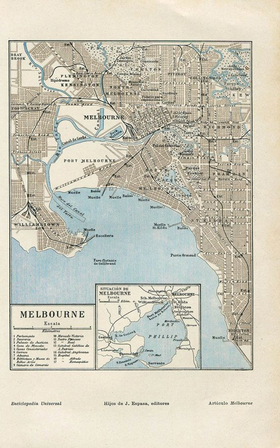 Vintage map of the city of Melbourne in Australia. This street map was part of a Spanish encyclopedia published in the 1920s Text in Spanish.