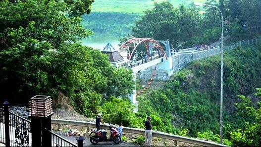 Jembatan kreo