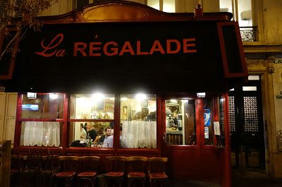 La Régalade 49, av. Jean-Moulin 75014 Paris  Famous as a bistro cuisine game-changer, many have observed a decline in quality and service over the last years. Still, taste the terrine de table and enjoy the cozy très français atmosphere at this 14th institution.