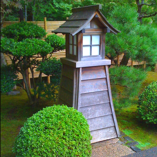 116 best japanese gardens images on pinterest japanese for Japanese garden structures
