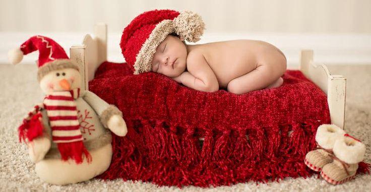 Fotógrafa é especialista em fotos de recém-nascidos, nova mania entre mães, que apostam no tema do Natal