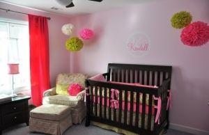 Babyzimmer dekorieren – 33 Ideen mit Papierlaternen und Pompoms