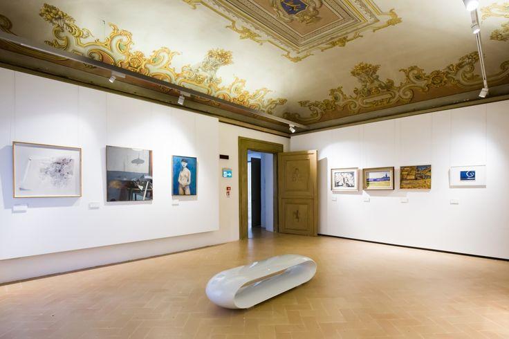 La sezione di arte moderna di #PalazzoBuonaccorsi a #Macerata, ricca di 150 opere, è disposta su sedici ambienti. Da segnalare l'arredamento futurista di casa Zampini, opera di Ivo #Pannaggi. FOTO GIORGIA BIANCINI