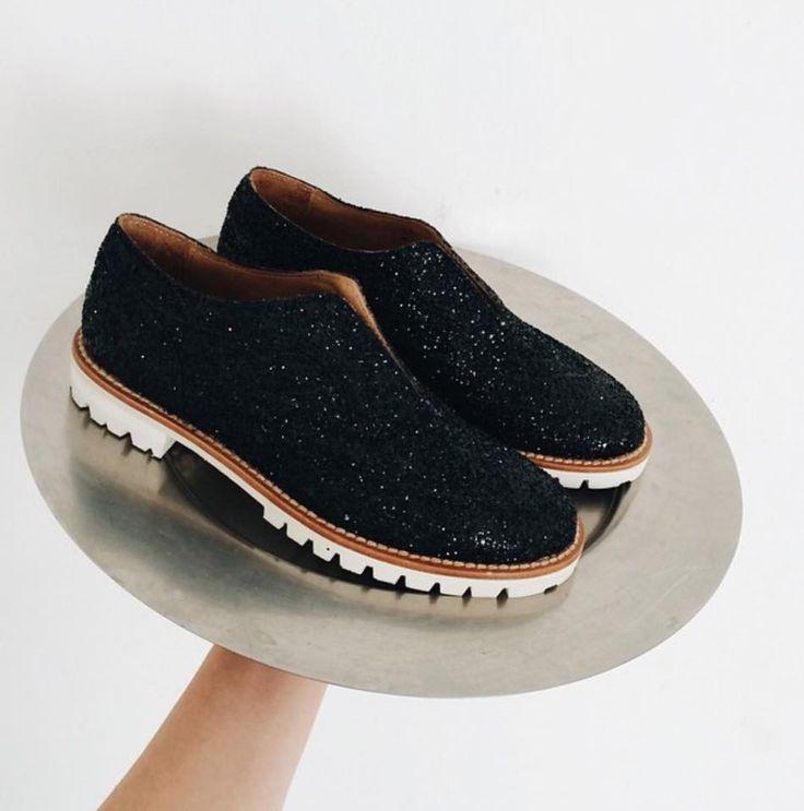 L'F Shoes Black.