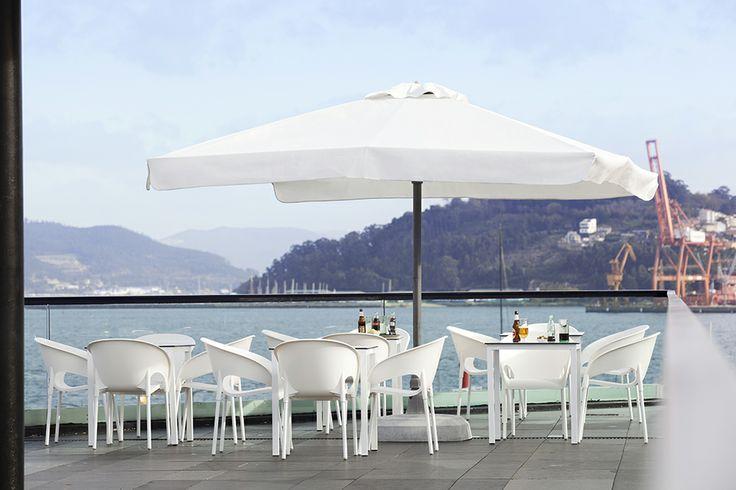 #hosteleria #terraza #sol #verano #decoración #parasoles #catalogo2014 #contract #ezpeleta