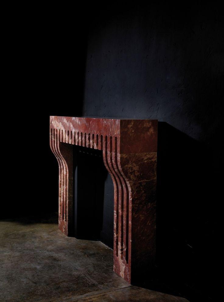 Cheminée Palais en marbre rouge de Saint Pons, Pierre Gonalons.
