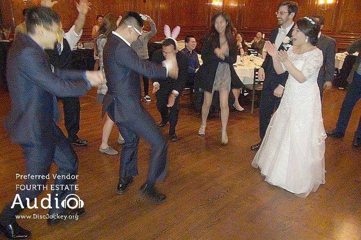 "Recognize ""Gangnam Style""? #ChicagoDiscJockey #ChicagoWeddingDiscJockey http://www.discjockey.org/real-chicago-wedding-march-5-2016/"
