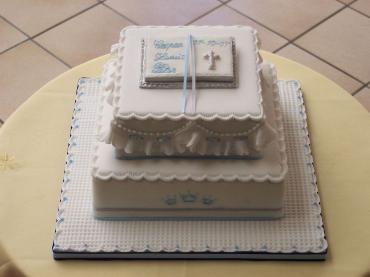 Square Christening Cake Images : 19 best ideas about cakes on Pinterest Square cakes ...