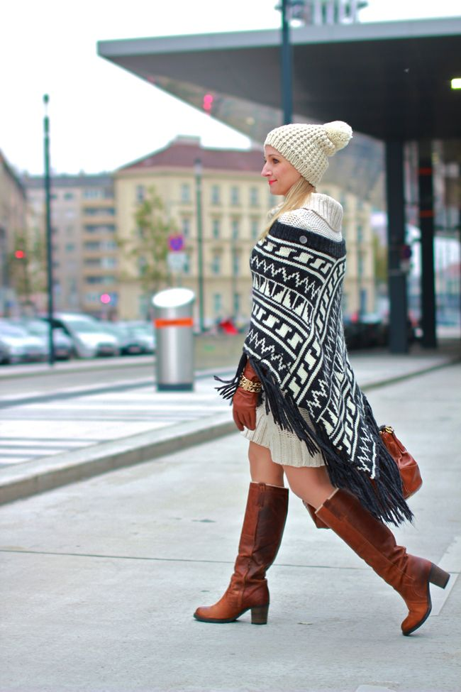 Strickkleid, knitted dress & beanie - Orsay / knitted poncho, cape - Mexx by…