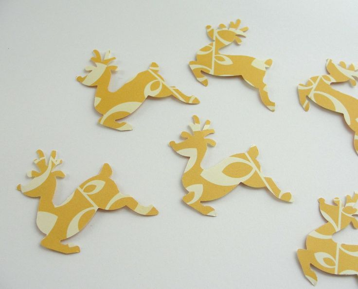 Here I have selected only the most beautiful paper Christmas decorations handmade