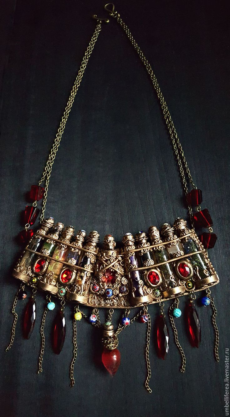 """Купить Ожерелье """"Ведьмин арсенал"""" - винтажный стиль, вдохновение, черный фон, мечтательница, мечта, сказка"""