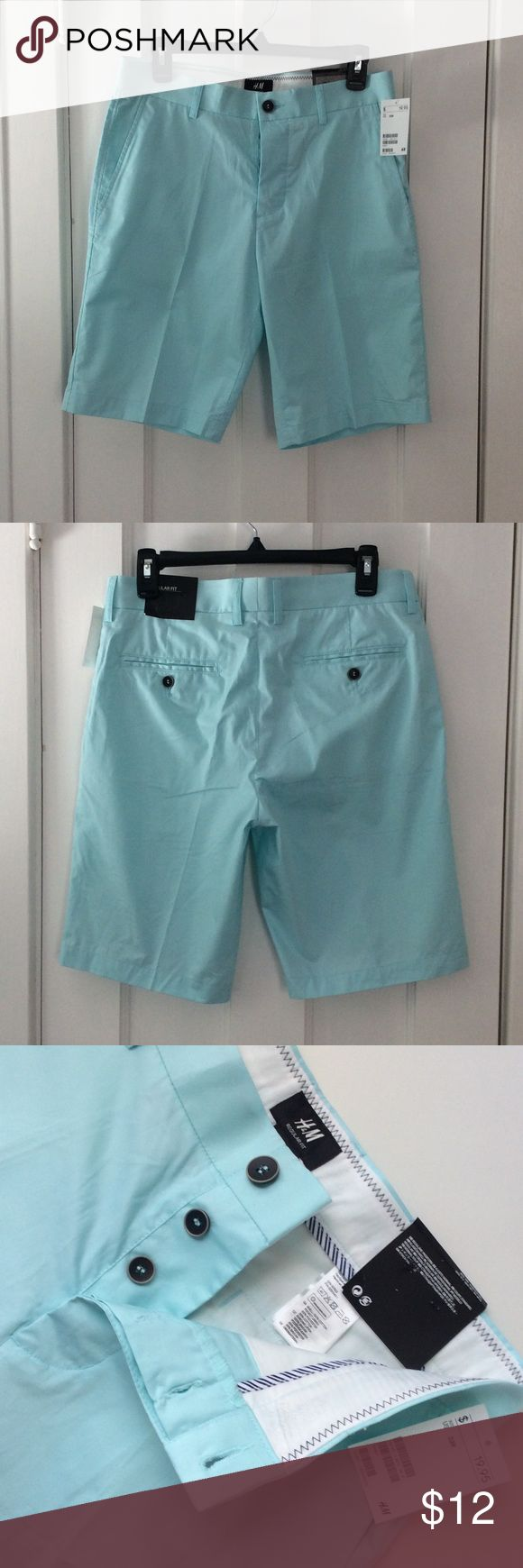 H&M Men's Chino Shorts pastel green. Brand NEW!🕶 Brand new! Light weight chino shorts. Pastel mint green. Really sharp! 10 inch inseam. 32 regular. Great compliment to your summer wardrobe! ☀️ H & M Shorts Flat Front