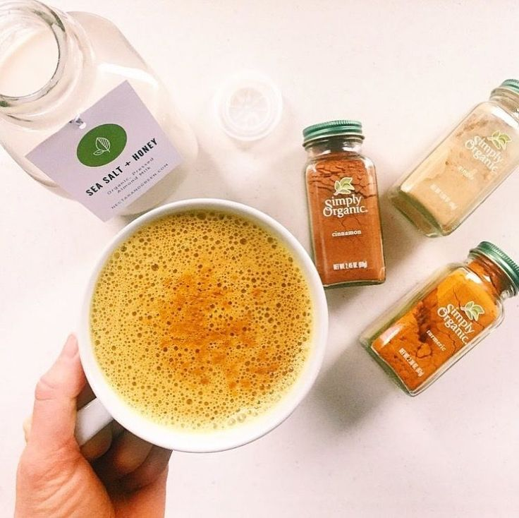 I drink a turmeric almond milk latte, a lot. At least once a day if not  more, so I am surprised that I have never put the recipe on here. Whenever  I post about it on my instagram or stories, many of you ask for the recipe,  what it tastes like, what are the benefits, if I like it (??), etc. So I am  going to share it all here.  I love this drink in the evenings before I head to bed. It is so relaxing,  soothing on the digestion, and makes me feel calm before I head off to  sleep. I also…