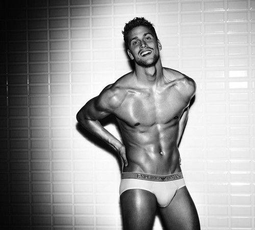 Luca Dotto - nadador italiano posou para Armani  (Foto: Divulgação)
