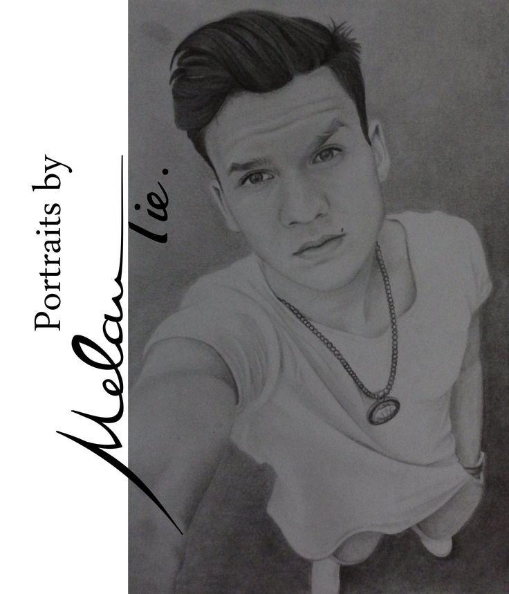 #pencildrawing #selfie @ksfreak #youtuber #blackandwhite #portrait #ksfreak #follow bei instagram: @melan.tie.portraits facebook: www.facebook.com/melan.tie