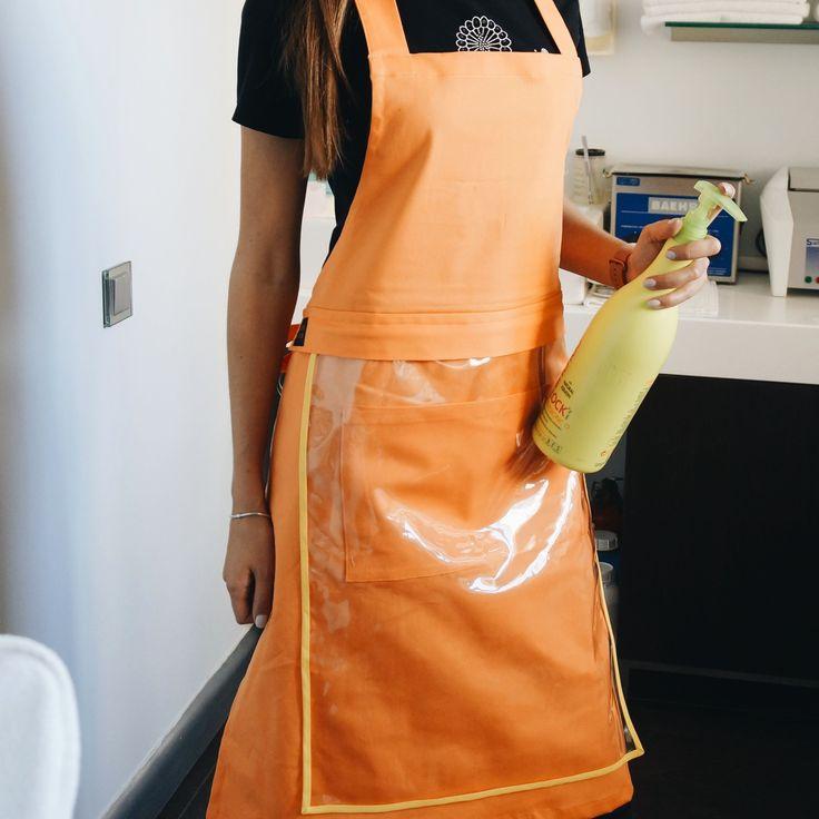 Смарт-фартук MITS FITS со съемным защитным экраном 👍цвет-оранжевый как мандарин😉 🍊 Защитит Вашу одежду от любых загрязнений! Всего за 690грн + сумочка/чехол к нему в подарок🎁🤗 Подходит для профессий: 💅Мастер ногтевой эстетики (маникюр,педикюр) 🎨Художник 👨🍳Horeca 🌹Флорист 🕸Мастер тату  И тем,кто просто любит оставаться в чистоте🙌 Заказываем через Direct.Отправка Новой Почтой  #работа #педикюр #beauty #nail #маникюр #nails #педикюр #шеллак #гельлак #opi #hairstyle #идеиманикюра…