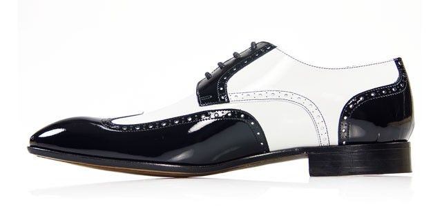Kicking it Old School 2. Mascolori model Verniz White-Black