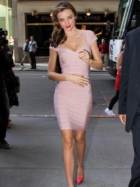 """Sexier als dieses Kleid geht es nicht! Kein Wunder, dass die Promis seit Jahren das hautenge """"Bandage Dress"""" des französischen Mode-Labels Hervé Léger lieben! Doch zum 30. Geburtstag der Kultmarke möchte Kreativ-Chefin Lubov Azria das Markenzeichen des Hauses neu erfinden. Wie?"""