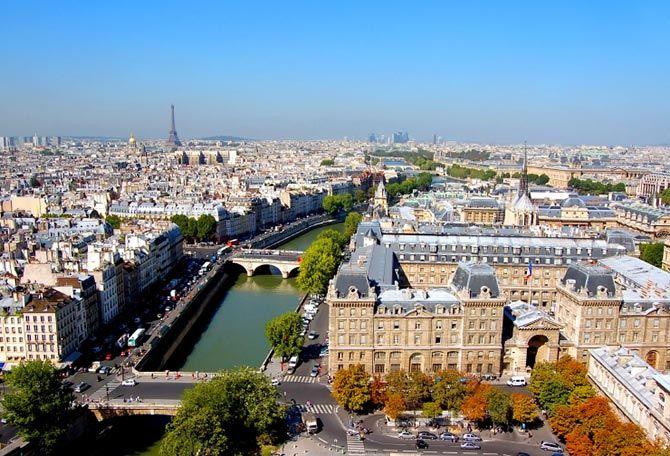 Vacaciones baratas a París desde Nueva York, al Hotel Best Western Le Patio Saint Antoine, 3 noches desde $ 1,452 US – por persona