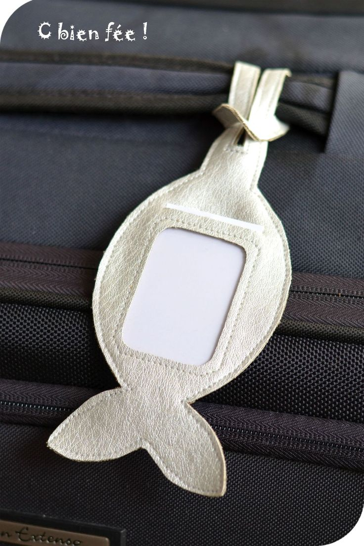 Tuto étiquette de bagages en forme de poisson
