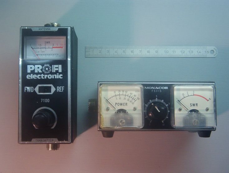 Wenn's um Antennen geht, kommt die Rede unweigerlich auf das Stehwellenverhältnis (SWR, korrekt eigentlich VSWR = Voltage Standing Wave Ratio). Und natürlich auf…