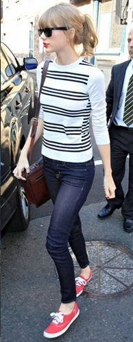 taylor-swift-red-keds-outfit