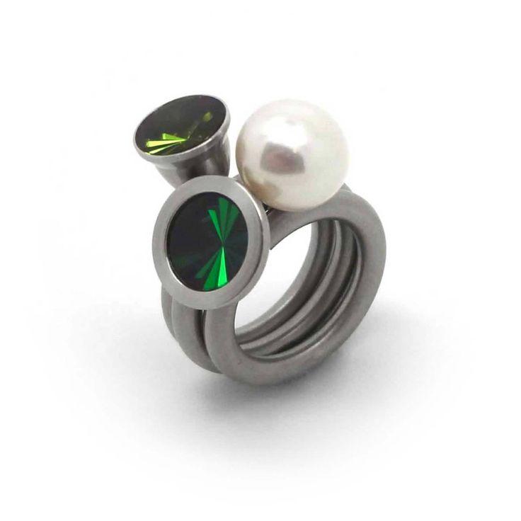 www.ORRO.co.uk - Pur Swivel - Steel & Emerald Nr.10 Ring Set - ORRO Contemporary Jewellery Glasgow