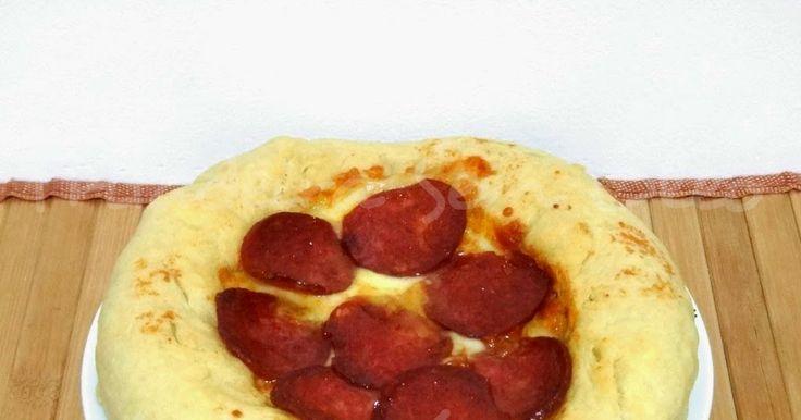Hoje é dia de Pizza, mas não é qualquer pizza, é pizza de massa pan! Para quem não conhece ou nunca foi em uma pizzaria da Pizza Hut, massa ...
