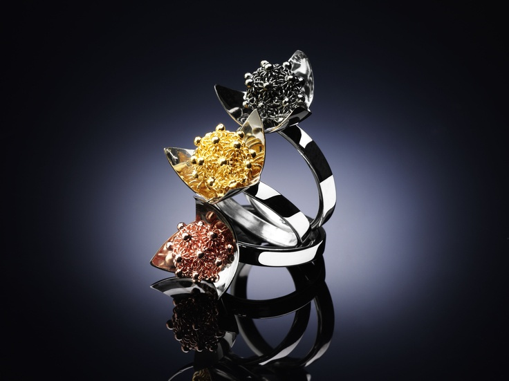 Our colorful series of MiniPetalo Rings. A new vision of the modernity.