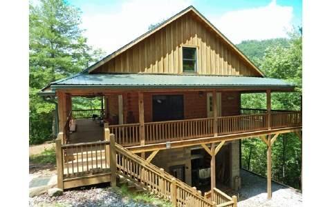 dove tail log cabin