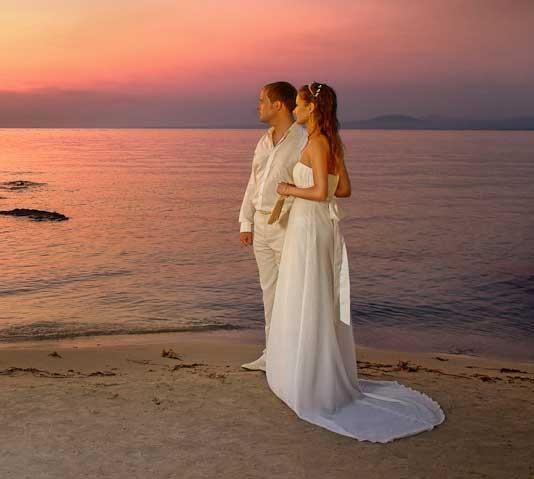 Греческий стиль костюма для жениха