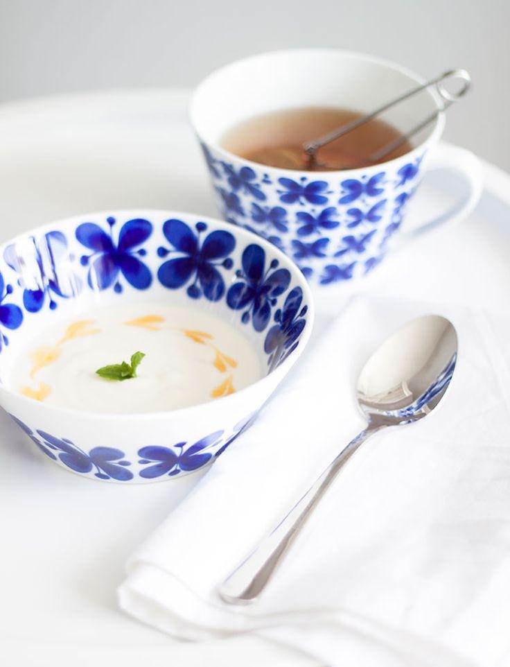 Jam hearts in yoghurt. Mon amie - Röstrand.