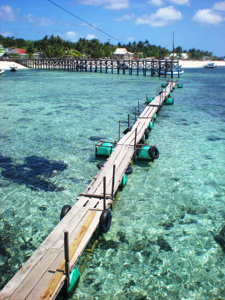 Path to paradise - and delicious fresh grilled fish :)  Pantai Bira, Sulawesi - Indonesia