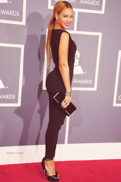 [ Pinterest : Ndeye Ndiaye ] Beyonce classe comme elle ne l'a jamais été.
