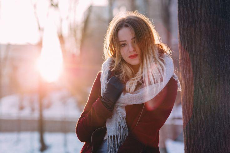 https://flic.kr/p/Rgmrd5 | Girl winter potrait | Get more free photos on freestocks.org